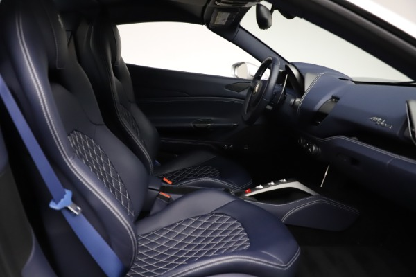 Used 2017 Ferrari 488 Spider for sale $284,900 at Pagani of Greenwich in Greenwich CT 06830 27