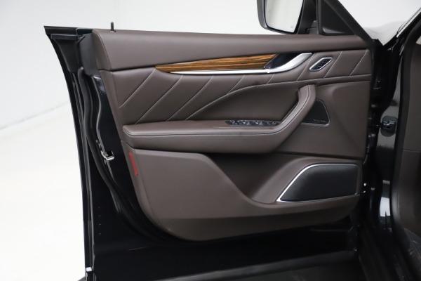 New 2021 Maserati Levante S Q4 GranLusso for sale $100,949 at Pagani of Greenwich in Greenwich CT 06830 15