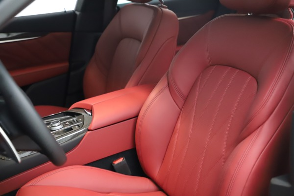 New 2021 Maserati Levante S Q4 GranLusso for sale $105,549 at Pagani of Greenwich in Greenwich CT 06830 14