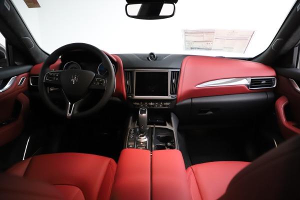 New 2021 Maserati Levante S Q4 GranLusso for sale $105,549 at Pagani of Greenwich in Greenwich CT 06830 15
