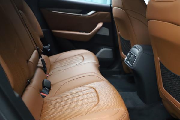 New 2021 Maserati Levante S Q4 GranSport for sale $114,485 at Pagani of Greenwich in Greenwich CT 06830 24