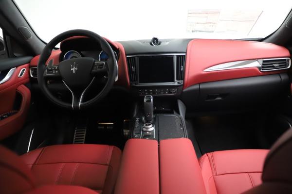 New 2021 Maserati Levante Q4 GranSport for sale $96,235 at Pagani of Greenwich in Greenwich CT 06830 15