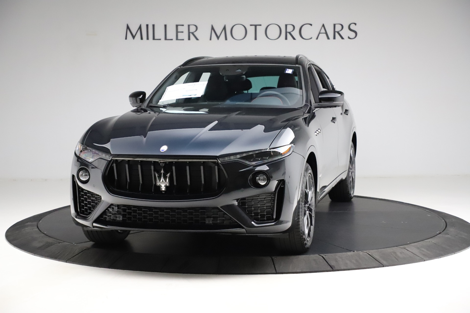 New 2021 Maserati Levante Q4 GranSport for sale $92,735 at Pagani of Greenwich in Greenwich CT 06830 1