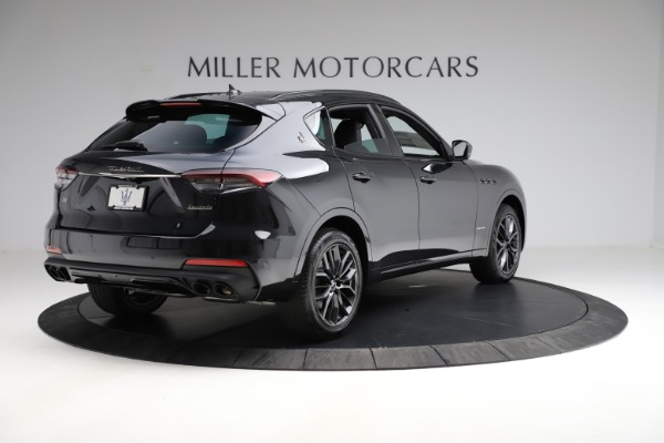 New 2021 Maserati Levante Q4 GranSport for sale $92,735 at Pagani of Greenwich in Greenwich CT 06830 10