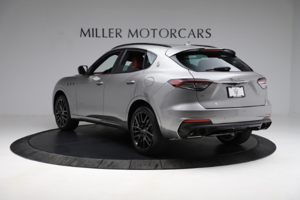 New 2021 Maserati Levante Q4 GranSport for sale $93,685 at Pagani of Greenwich in Greenwich CT 06830 5