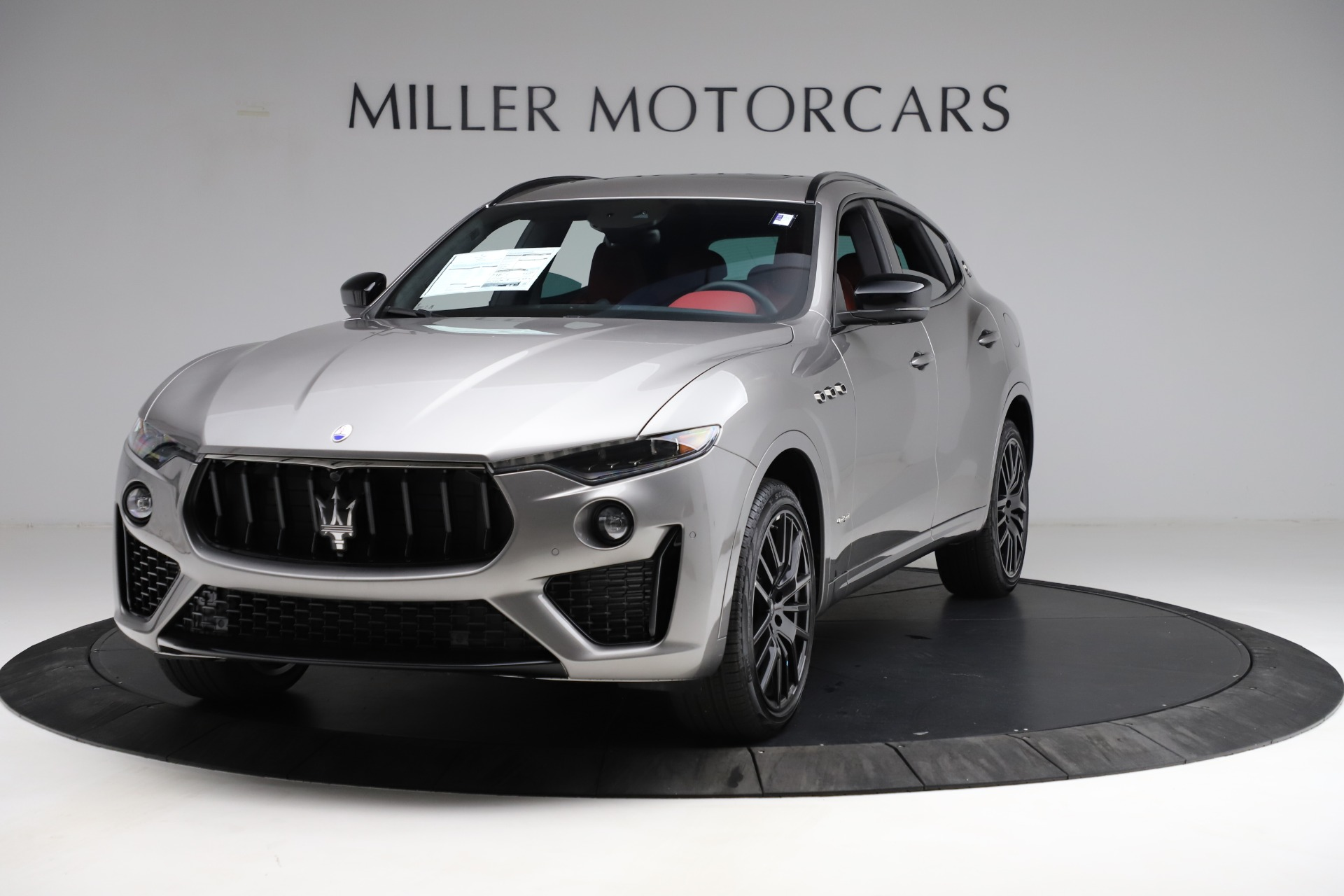 New 2021 Maserati Levante Q4 GranSport for sale $93,685 at Pagani of Greenwich in Greenwich CT 06830 1