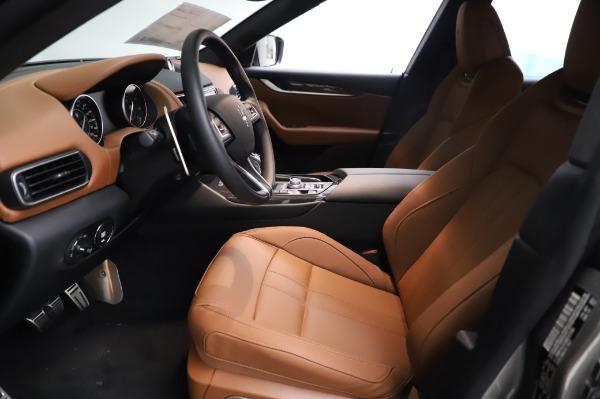 New 2021 Maserati Levante Q4 GranSport for sale $91,385 at Pagani of Greenwich in Greenwich CT 06830 15