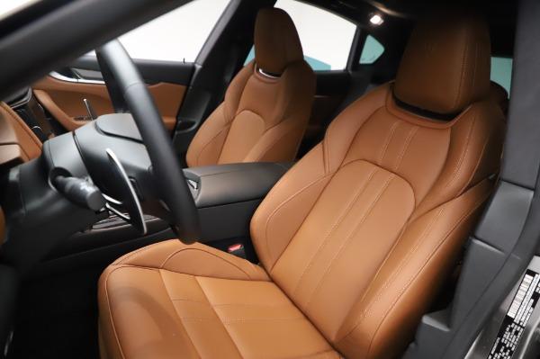 New 2021 Maserati Levante Q4 GranSport for sale $91,385 at Pagani of Greenwich in Greenwich CT 06830 16