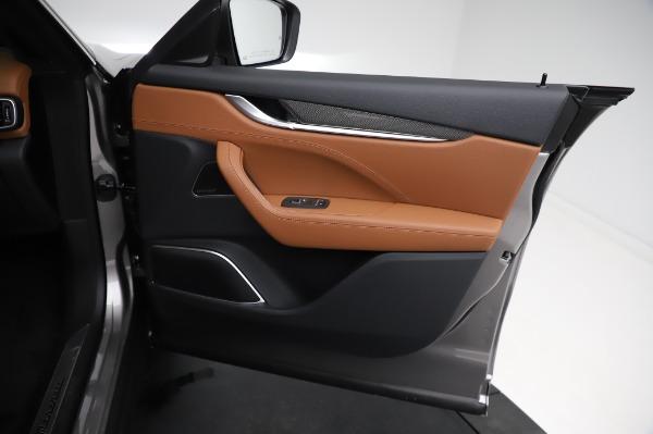 New 2021 Maserati Levante Q4 GranSport for sale $91,385 at Pagani of Greenwich in Greenwich CT 06830 24