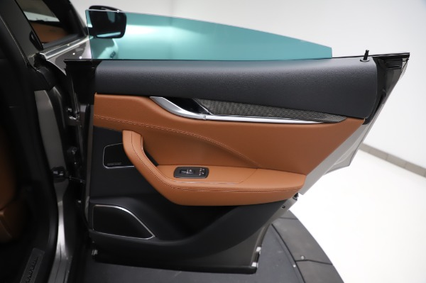 New 2021 Maserati Levante Q4 GranSport for sale $91,385 at Pagani of Greenwich in Greenwich CT 06830 27