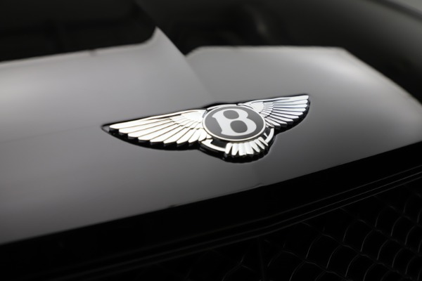 New 2021 Bentley Bentayga V8 for sale Call for price at Pagani of Greenwich in Greenwich CT 06830 13
