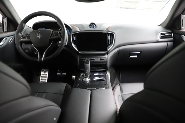New 2021 Maserati Ghibli S Q4 GranSport for sale $100,635 at Pagani of Greenwich in Greenwich CT 06830 18