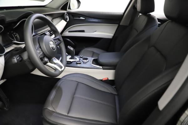 New 2021 Alfa Romeo Stelvio Q4 for sale $50,245 at Pagani of Greenwich in Greenwich CT 06830 14
