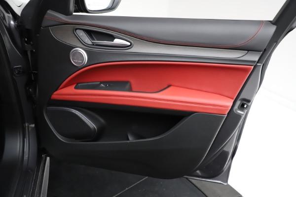 New 2021 Alfa Romeo Stelvio Ti Q4 for sale $55,500 at Pagani of Greenwich in Greenwich CT 06830 23
