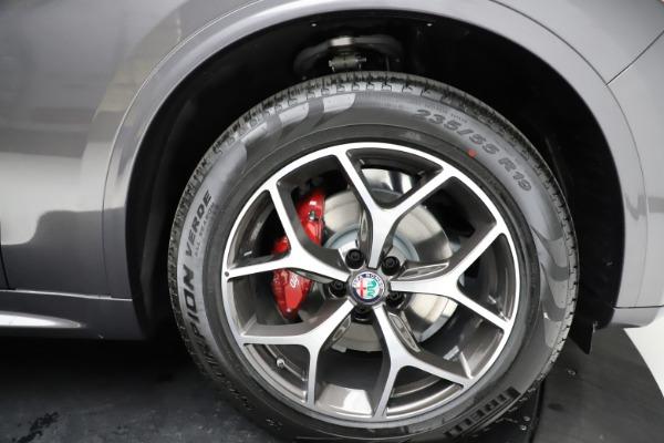 New 2021 Alfa Romeo Stelvio Ti Q4 for sale $55,500 at Pagani of Greenwich in Greenwich CT 06830 28