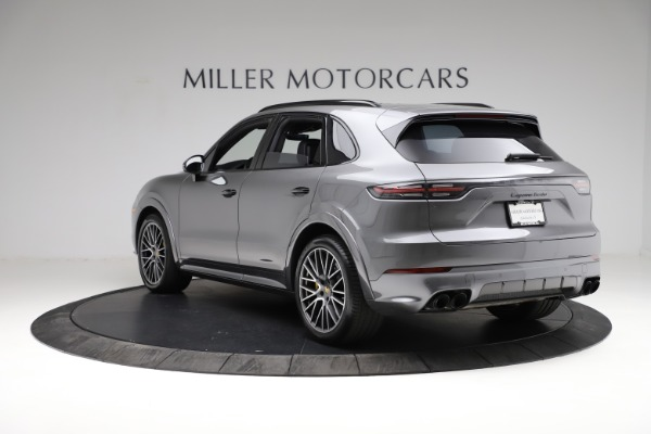 Used 2020 Porsche Cayenne Turbo for sale $145,900 at Pagani of Greenwich in Greenwich CT 06830 5
