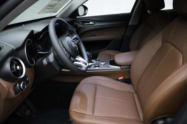 New 2021 Alfa Romeo Stelvio Ti for sale $53,650 at Pagani of Greenwich in Greenwich CT 06830 15