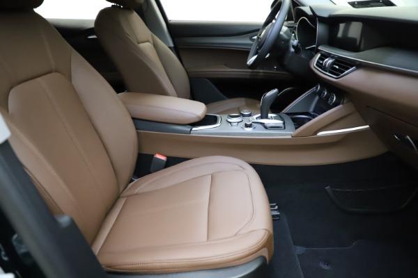 New 2021 Alfa Romeo Stelvio Ti for sale $53,650 at Pagani of Greenwich in Greenwich CT 06830 21