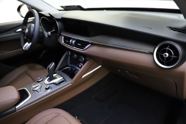New 2021 Alfa Romeo Stelvio Ti for sale $53,650 at Pagani of Greenwich in Greenwich CT 06830 22