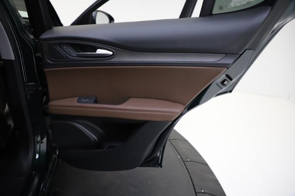 New 2021 Alfa Romeo Stelvio Ti for sale $53,650 at Pagani of Greenwich in Greenwich CT 06830 25