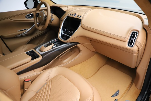 New 2021 Aston Martin DBX for sale $211,486 at Pagani of Greenwich in Greenwich CT 06830 22