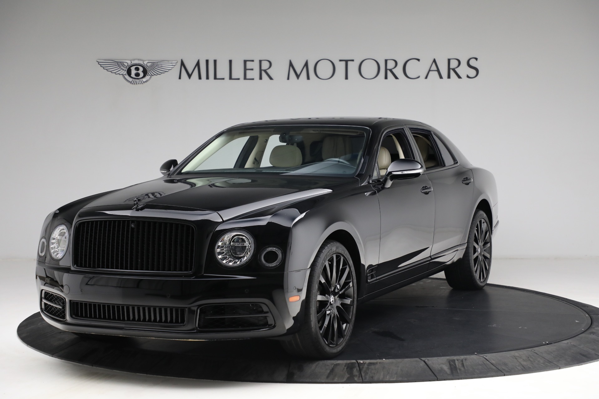 Used 2017 Bentley Mulsanne for sale $214,900 at Pagani of Greenwich in Greenwich CT 06830 1