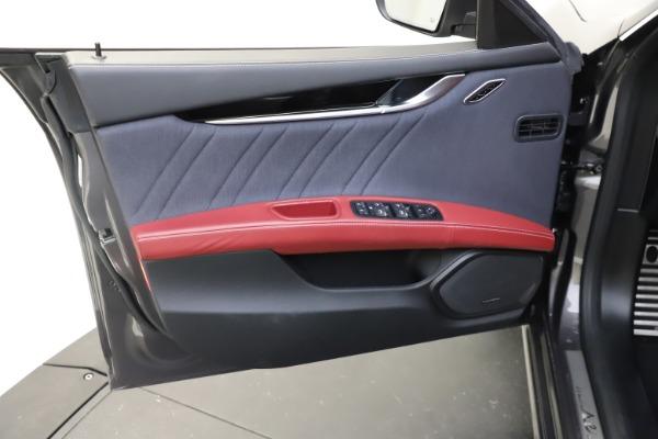 Used 2018 Maserati Ghibli SQ4 GranLusso for sale $55,900 at Pagani of Greenwich in Greenwich CT 06830 12