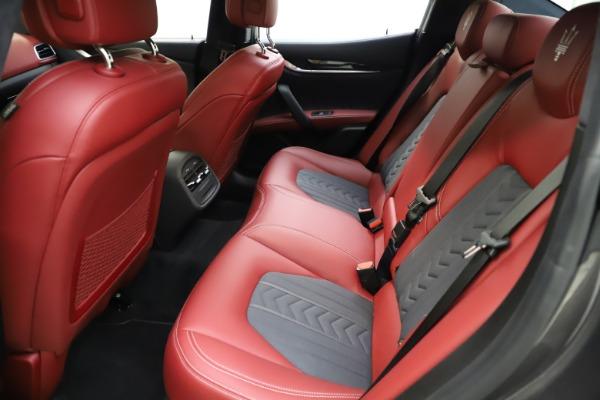 Used 2018 Maserati Ghibli SQ4 GranLusso for sale $55,900 at Pagani of Greenwich in Greenwich CT 06830 14
