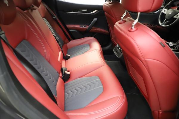 Used 2018 Maserati Ghibli SQ4 GranLusso for sale $55,900 at Pagani of Greenwich in Greenwich CT 06830 20