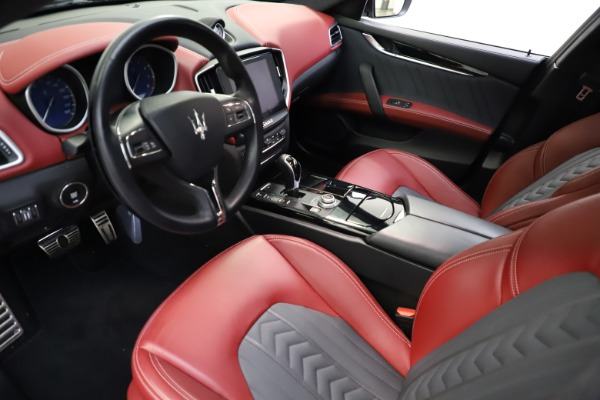 Used 2018 Maserati Ghibli SQ4 GranLusso for sale $55,900 at Pagani of Greenwich in Greenwich CT 06830 8