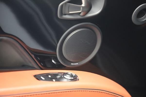 Used 2019 Aston Martin DBS Superleggera for sale $279,990 at Pagani of Greenwich in Greenwich CT 06830 17