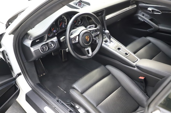 Used 2018 Porsche 911 Turbo for sale $159,990 at Pagani of Greenwich in Greenwich CT 06830 17