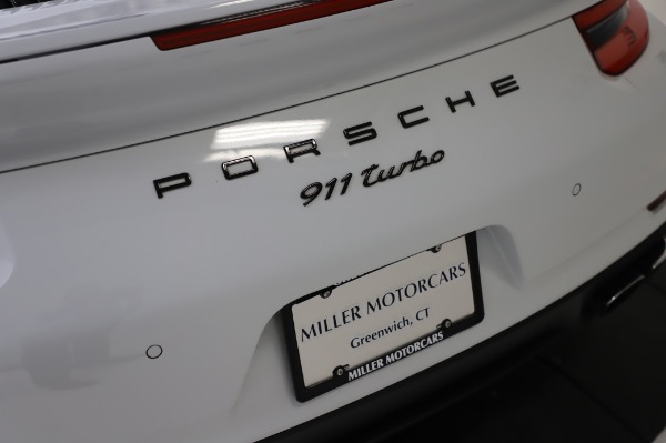 Used 2018 Porsche 911 Turbo for sale $159,990 at Pagani of Greenwich in Greenwich CT 06830 27