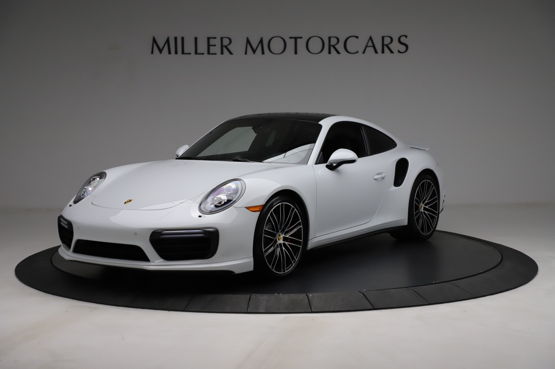 Used 2018 Porsche 911 Turbo for sale $159,990 at Pagani of Greenwich in Greenwich CT 06830 1