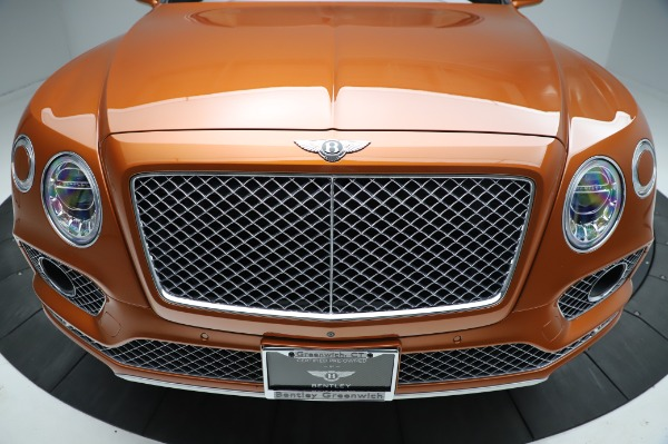 Used 2018 Bentley Bentayga Onyx Edition for sale $149,900 at Pagani of Greenwich in Greenwich CT 06830 13