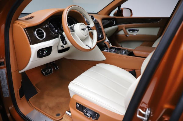Used 2018 Bentley Bentayga Onyx Edition for sale $149,900 at Pagani of Greenwich in Greenwich CT 06830 17