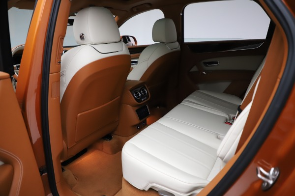 Used 2018 Bentley Bentayga Onyx Edition for sale $149,900 at Pagani of Greenwich in Greenwich CT 06830 21