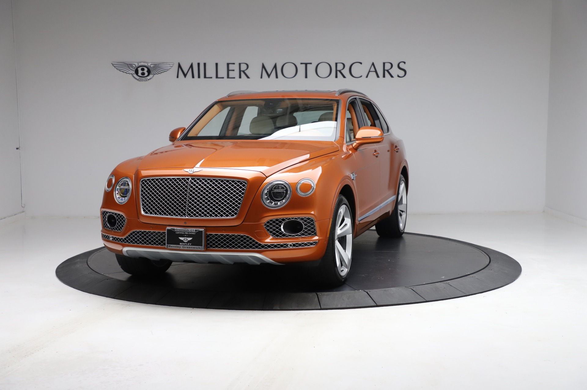 Used 2018 Bentley Bentayga Onyx Edition for sale $149,900 at Pagani of Greenwich in Greenwich CT 06830 1