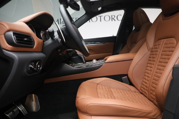 New 2021 Maserati Levante S Q4 GranSport for sale Call for price at Pagani of Greenwich in Greenwich CT 06830 16