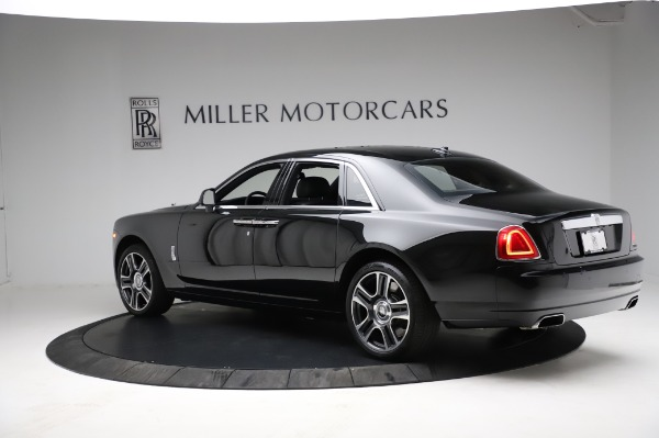 Used 2017 Rolls-Royce Ghost for sale $209,900 at Pagani of Greenwich in Greenwich CT 06830 7