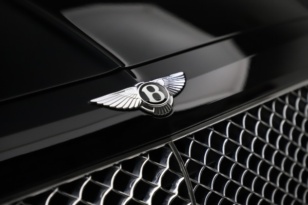 Used 2018 Bentley Bentayga Onyx Edition for sale $146,900 at Pagani of Greenwich in Greenwich CT 06830 14