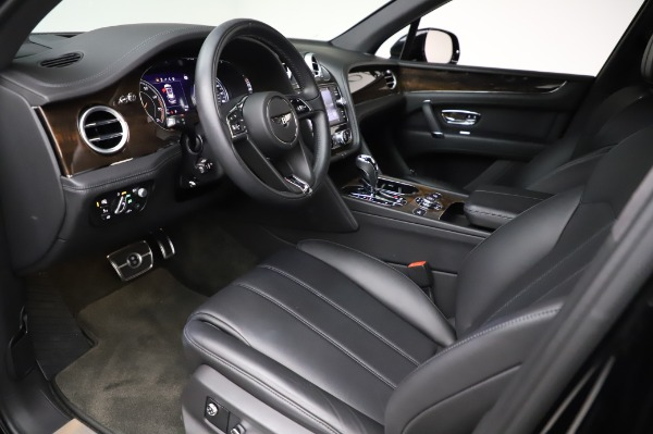 Used 2018 Bentley Bentayga Onyx Edition for sale $146,900 at Pagani of Greenwich in Greenwich CT 06830 17