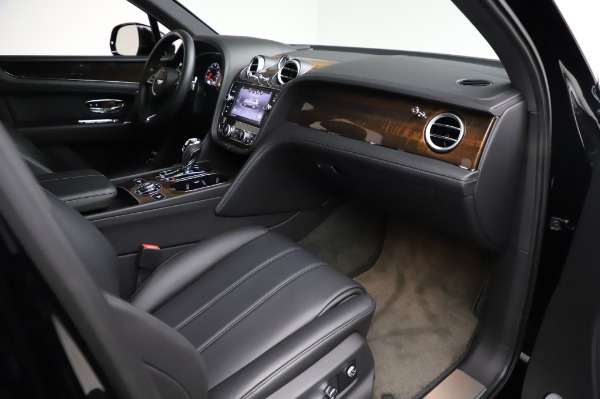 Used 2018 Bentley Bentayga Onyx Edition for sale $146,900 at Pagani of Greenwich in Greenwich CT 06830 25