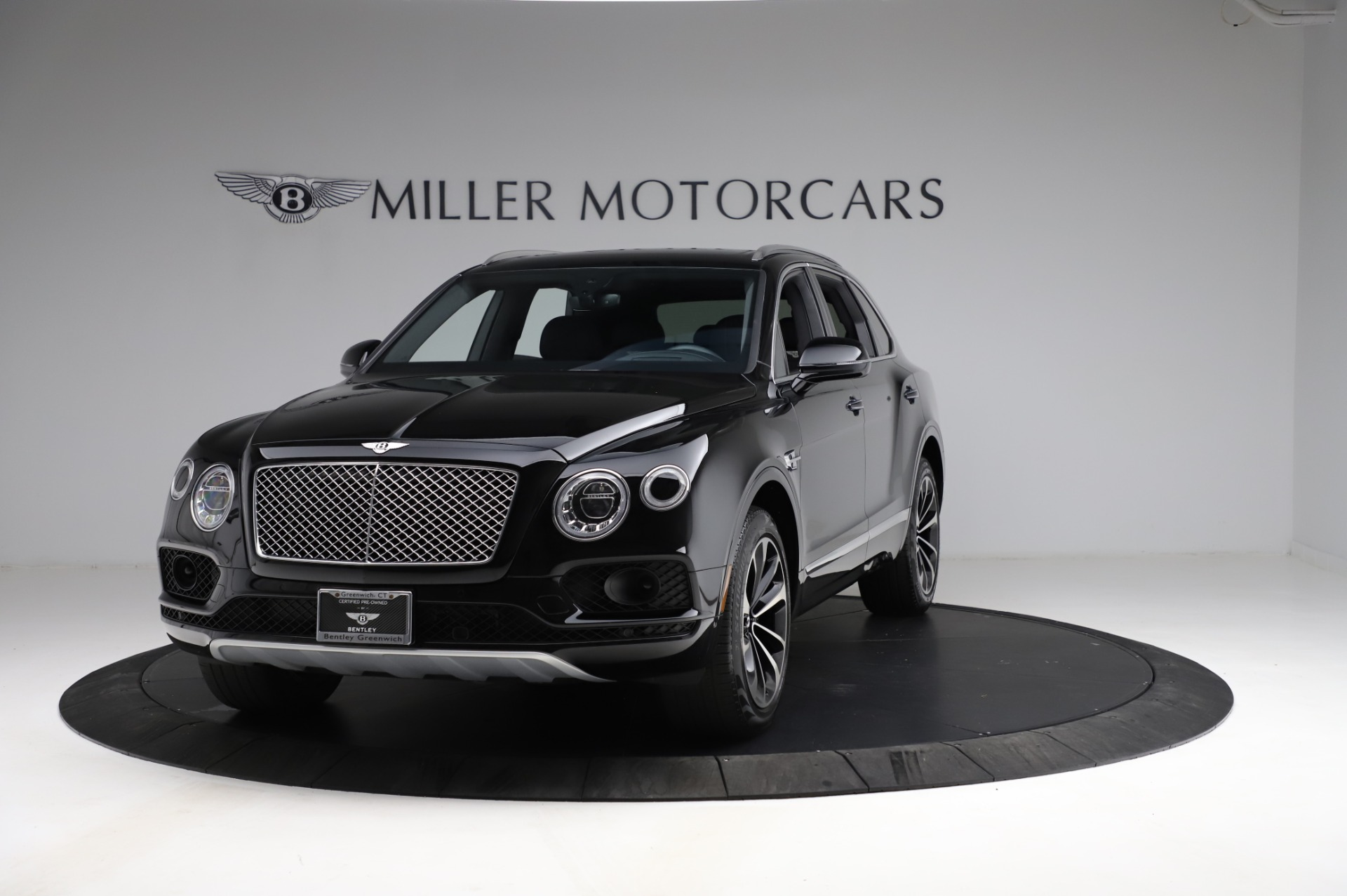 Used 2018 Bentley Bentayga Onyx Edition for sale $146,900 at Pagani of Greenwich in Greenwich CT 06830 1