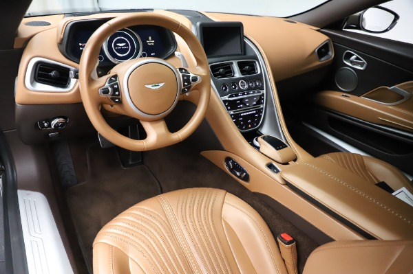Used 2018 Aston Martin DB11 V8 for sale $151,900 at Pagani of Greenwich in Greenwich CT 06830 14