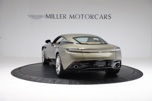 Used 2018 Aston Martin DB11 V8 for sale $151,900 at Pagani of Greenwich in Greenwich CT 06830 4
