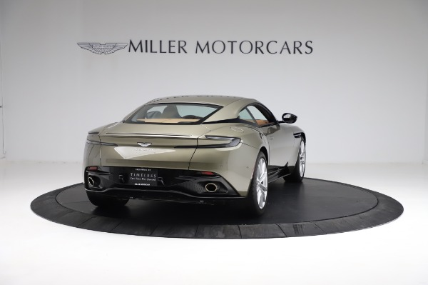 Used 2018 Aston Martin DB11 V8 for sale $151,900 at Pagani of Greenwich in Greenwich CT 06830 6