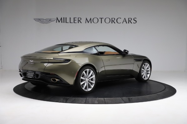 Used 2018 Aston Martin DB11 V8 for sale $151,900 at Pagani of Greenwich in Greenwich CT 06830 7