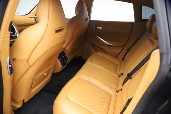 New 2021 Aston Martin DBX for sale $207,886 at Pagani of Greenwich in Greenwich CT 06830 17