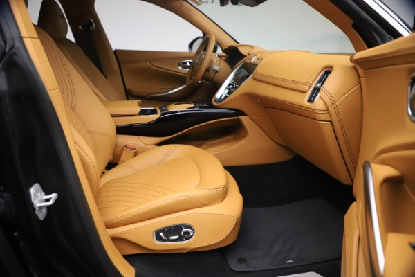 New 2021 Aston Martin DBX for sale $207,886 at Pagani of Greenwich in Greenwich CT 06830 20
